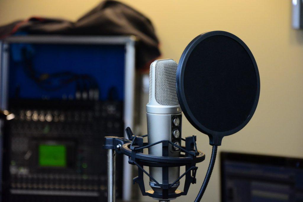 2 db Rode NT2000 professzionális stúdió mikrofon